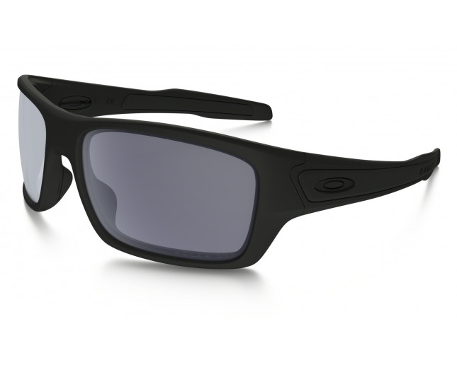 4e0fd6431ef Oakley Turbine Matte Black-Grey Polarized - OO9263-07 - Lunettes de ...