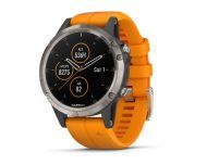 Garmin Fénix 5 Plus HR Titane Sapphire noire avec bracelet orange vif